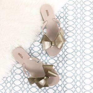 MELISSA Jelly Flip Flops Gold Glitter Bow